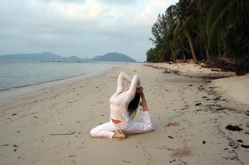 Alexandra Peyre yoga