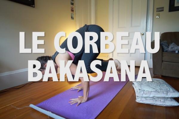 corbeau bakasana posture de yoga en équilibre